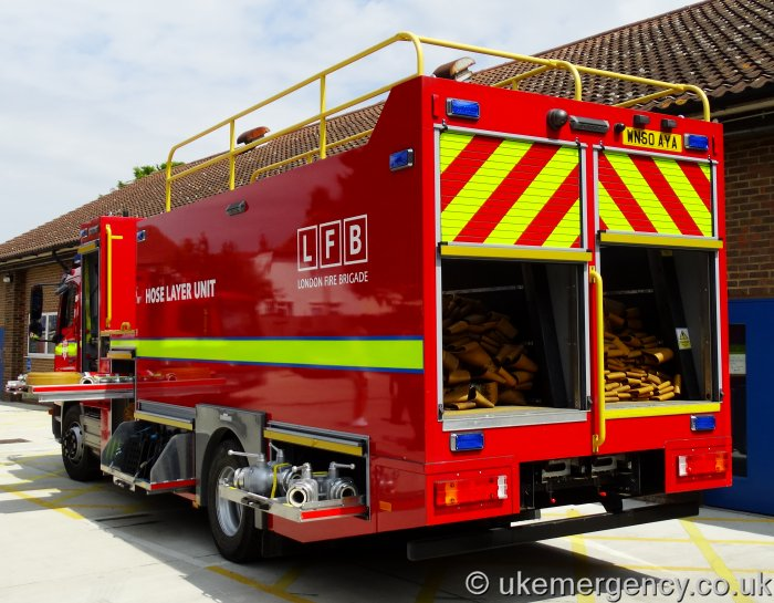 Wn60 Aya London Fire Brigade Mercedes Atego Hose Layer