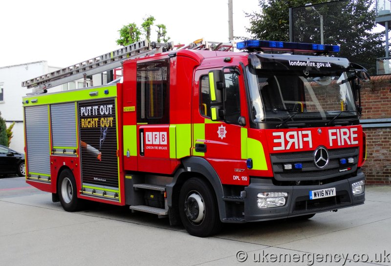 ford ambulance with Wv16 Nvy London Fire Brigade Mercedes Atego Emergency One Dpl 150 on Model 9852 additionally 4x4firetruck as well Il chicago squad in addition Cars further La Cadillac De Sos Fantomes 1022719.