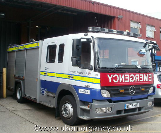 Wx07 nwb this mercedes truck is marked in british for Mercedes benz emergency service