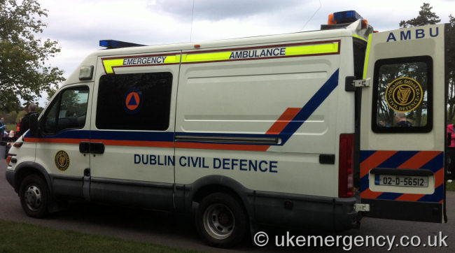 688643ad9d4c 02-D-56512 Dublin Civil Defence operate this Iveco as an emergency  ambulance…