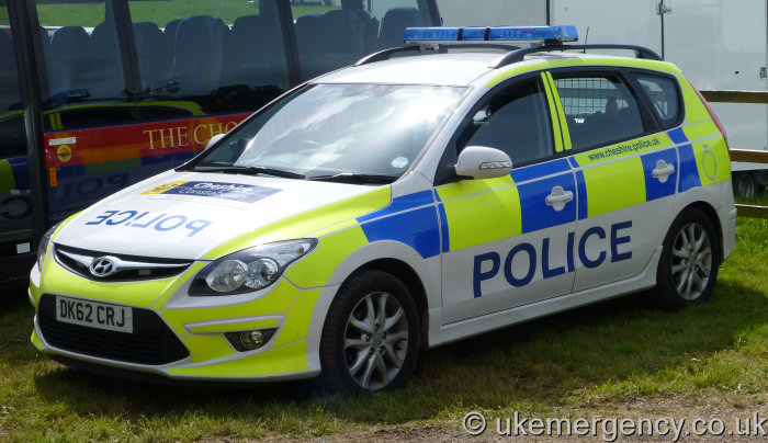 dk62 crj a cheshire police hyundai i30 uk emergency. Black Bedroom Furniture Sets. Home Design Ideas
